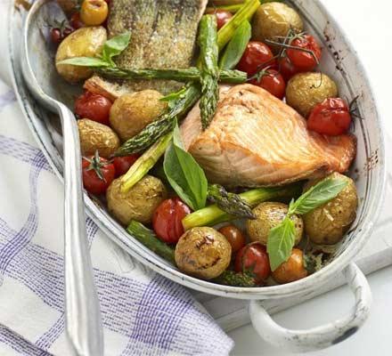 One Pot Salmon & Asparagus