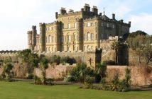 Culzean_Castle_^amp,_Palm_Garden_-_panoramio