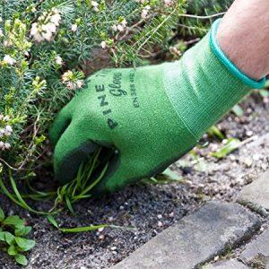 Bamboo garden gloves - garden gadget