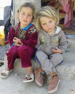 Yazidi Kurdish girls in refugee camp / Idealistic and passionate / Poppy Patmore / Annabel and Grace at CountryWives