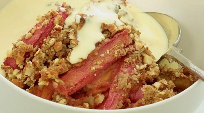 Rhubarb Almond & Ginger Crumble