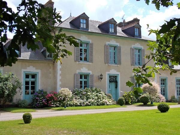 Brittany or the Loire Valley? / Travel / CountryWives online magazine for women
