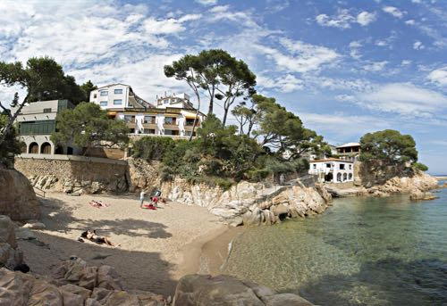 Unexpectedly Chic Costa Brava / Hotel Guru / CountryWives online magazine for women