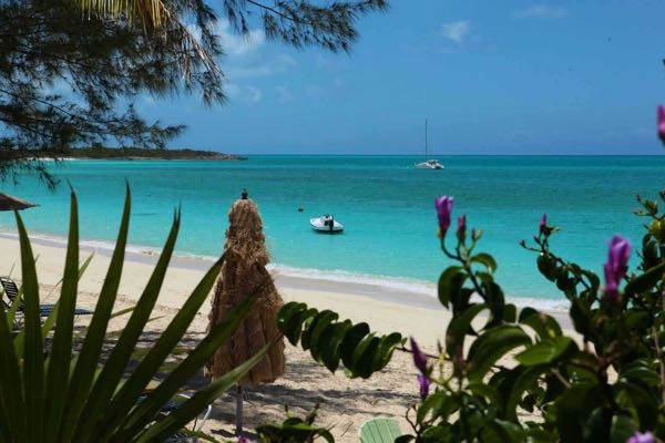 Caribbean beach / beach / Low Season Luxury for Less / Hotel Guru at CountryWives online magazine for women