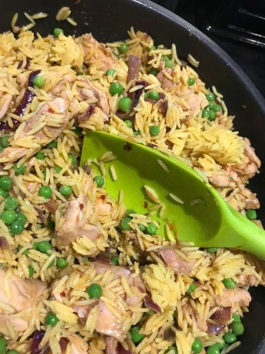 Pan of pilaf / Chicken pilaf (easy peasy) / What's Cooking / Grace at CountryWives online magazine for women