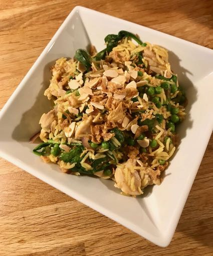 Bowl of chicken pilaf / Chicken pilaf (easy peasy) / What's Cooking / Grace at CountryWives online magazine for women