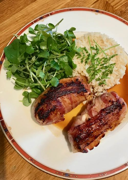 Pheasant breasts with orange, apricot & bacon / Recipe / CountryWives online magazine for older women