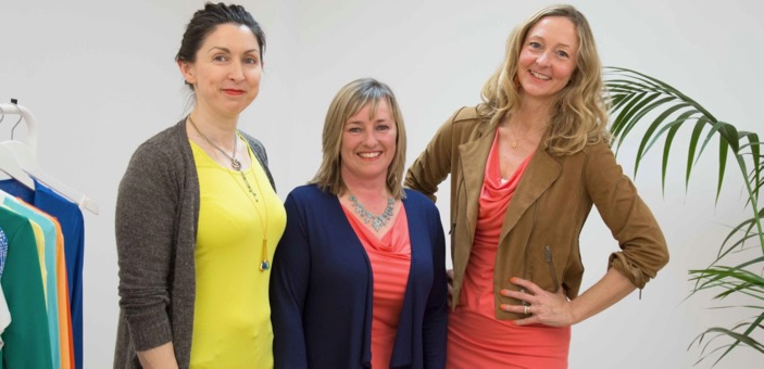 Jo, Teresa & Melissa / How to dress an hourglass shaped body / Kettlewell Colours / Fashion / The CountryWives