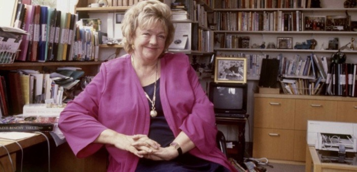 Picture of Maeve Binchy the author / A week in Winter - Maeve Binchy / Book Review / Don't Miss This / Entertainment / The Page Turner / The CountryWives