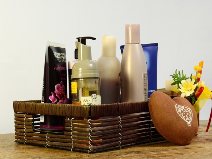 A basket of wellbeing products / How long does it take to be beach body ready / blog / wellbeing / The CountryWives