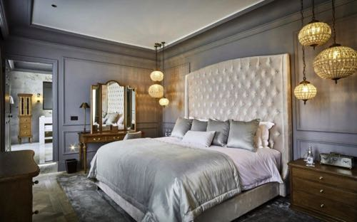 luxurious bedroom Lympstone Manor