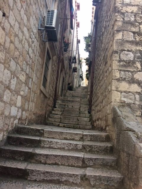 Dubrovnik 99 steps to the airbnb