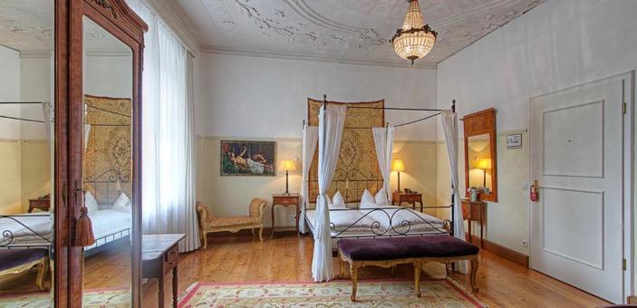 https://www.thehotelguru.com/hotel/hotel-orphee-regensburg Bavaria