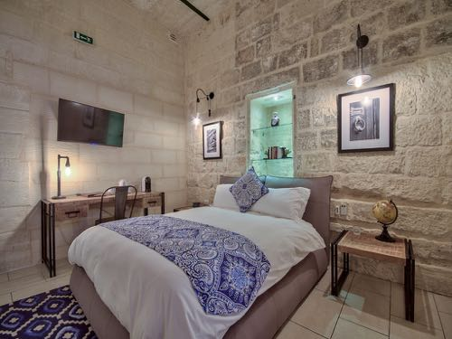 hotel/julesys-bnb-cospicua Malta / Idyllic Mediterranean