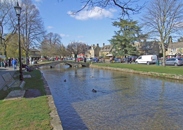 Bourton-on-the-Water - Four Must-See Spots in the Cotswolds