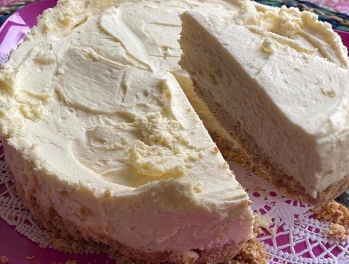 Superfast White Chocolate Cheesecake