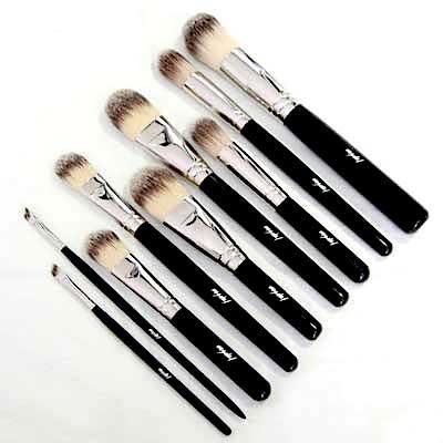 Mishel Bespoke make-up brush set from post: New era, new make-up: just a few new additions to my make-up bag