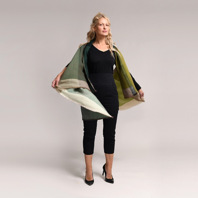 Trendy clothes for 50 year old women