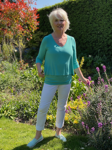Annabel in Lulu top from Kettlewell Colours
